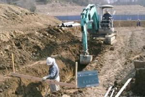 土木工事、基礎工事、駐車場工事まで行います